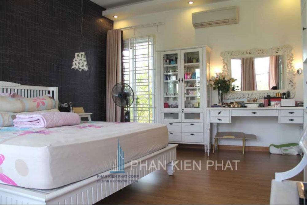 Phòng ngủ master biệt thự mini 3 tầng tại quận 7 góc view thực tế 3