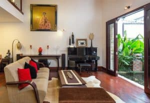 Villa Of Singer Quang Dung In The Middle Of Saigon 13
